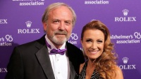 jane-seymour-james-keach-split