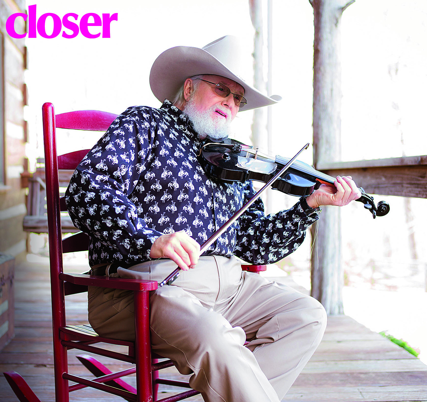 charlie-daniels-at-home