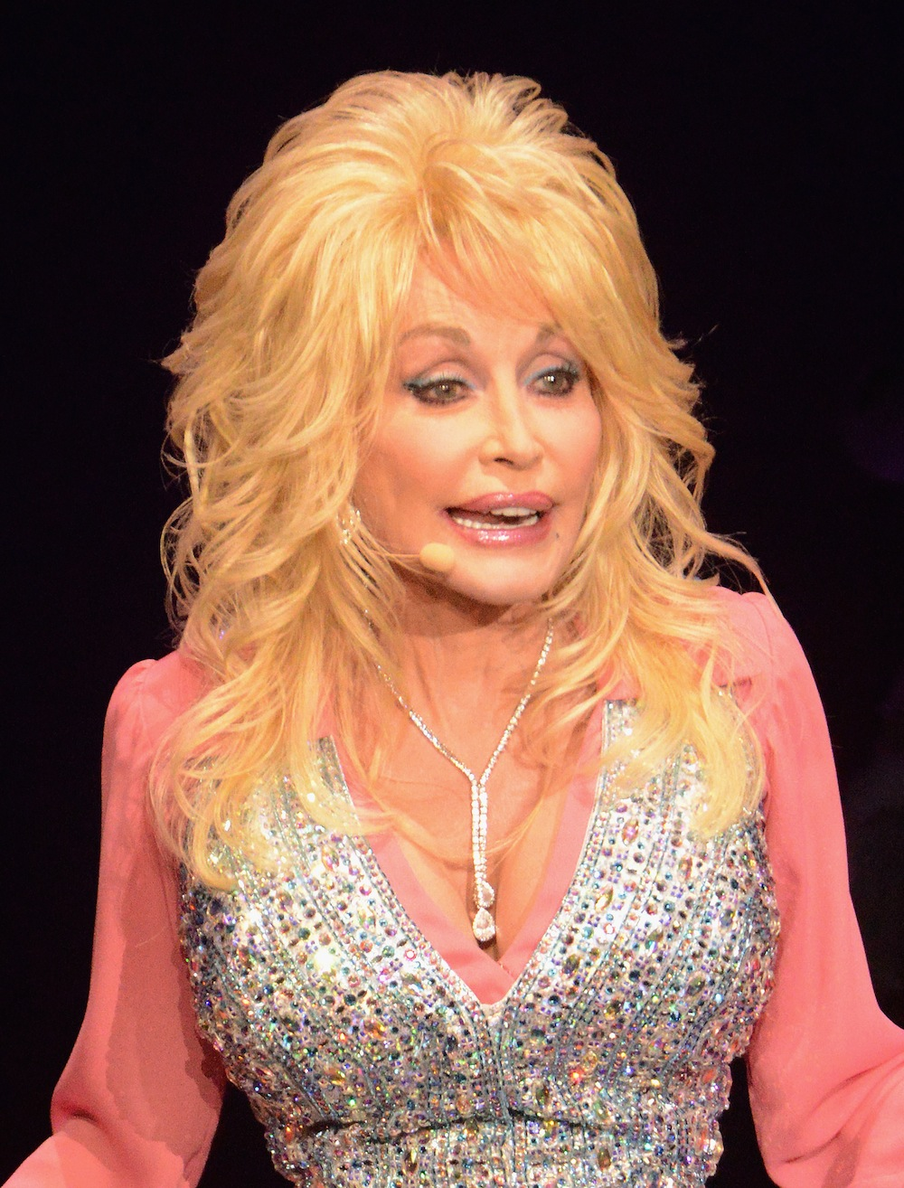 Dolly Parton Claims To Look Like Hell Without Makeup But Take A Look At These Fresh Faced Stars Over 40 Closer Weekly