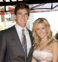 eli-manning-abby-manning