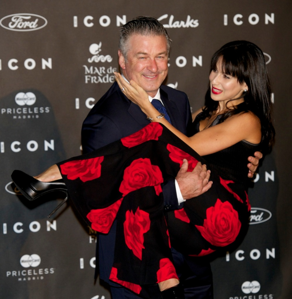 alec-baldwin-hilaria-baldwin-icon-awards