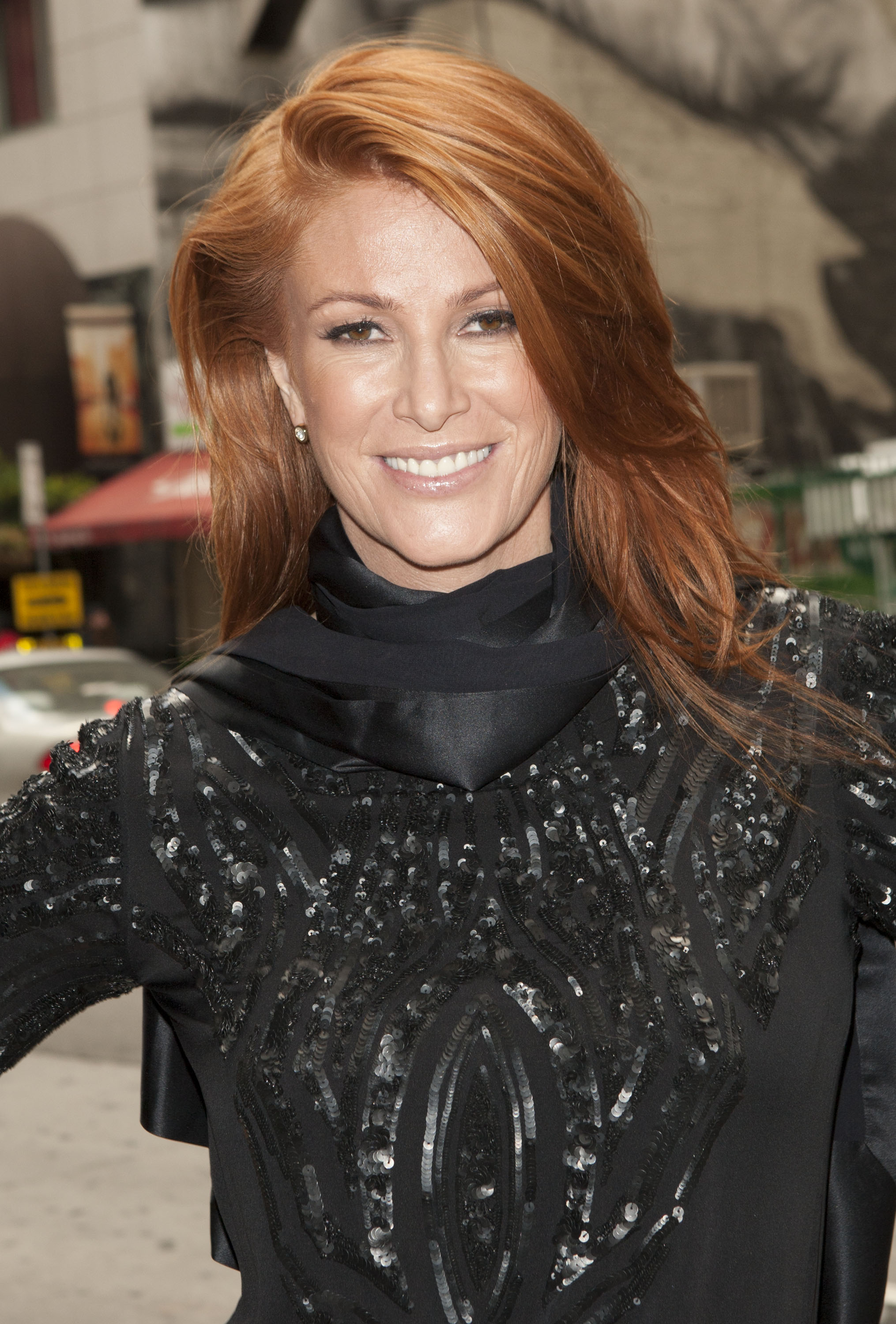 Angie Survivor cancer survivor angie everhart on home life with her fiancé