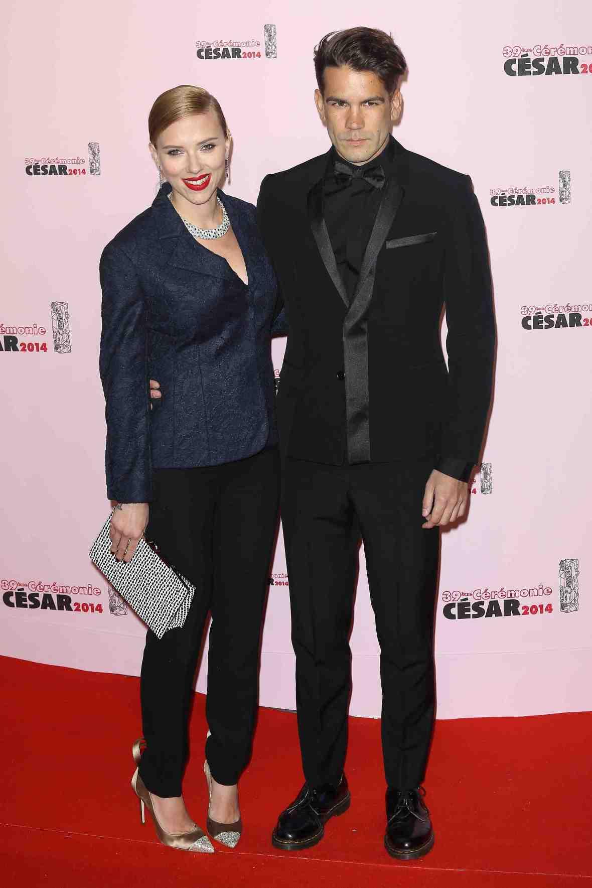 scarlett johansson & husband
