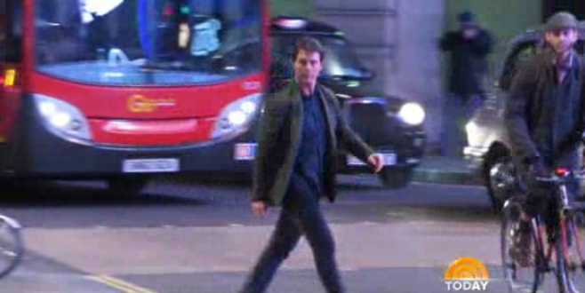tom cruise near bus accident