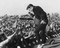performing-at-the-tupelo-fairgrounds-in-mississippi-1956