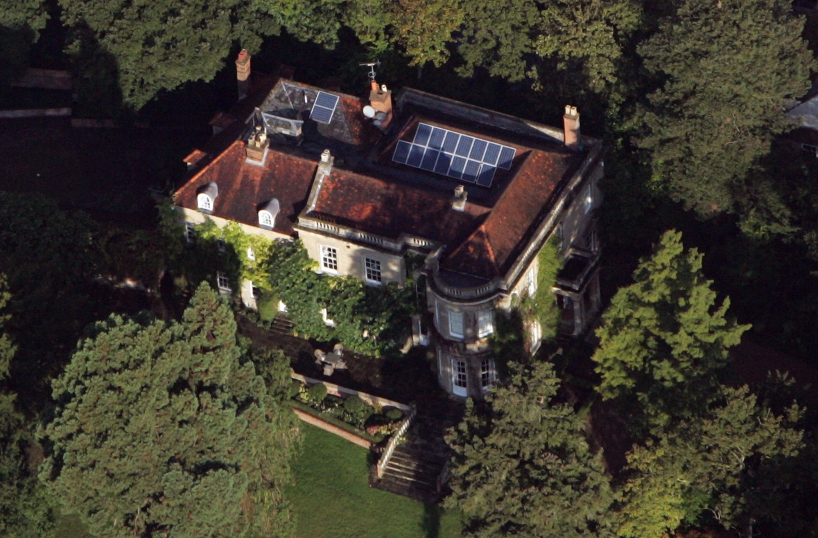 george and amal clooney's english home