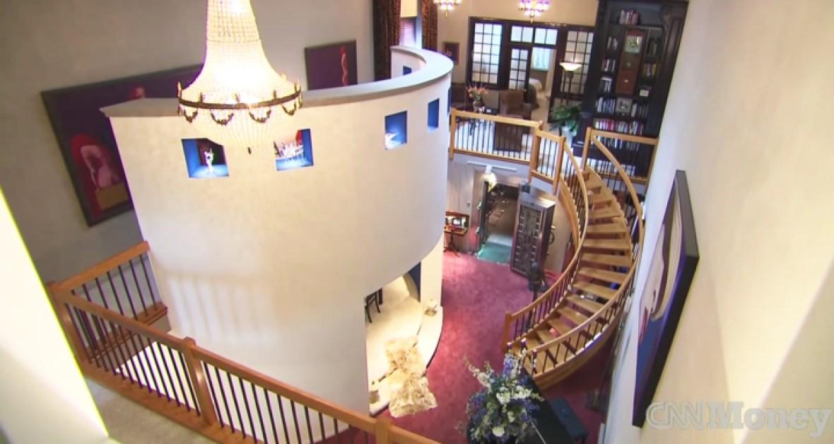 bank house interior