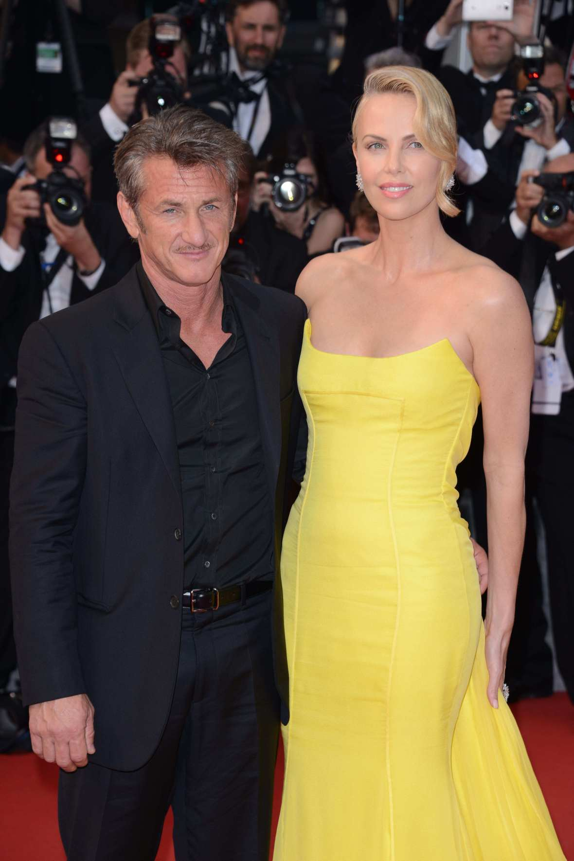 charlize theron and sean penn cannes