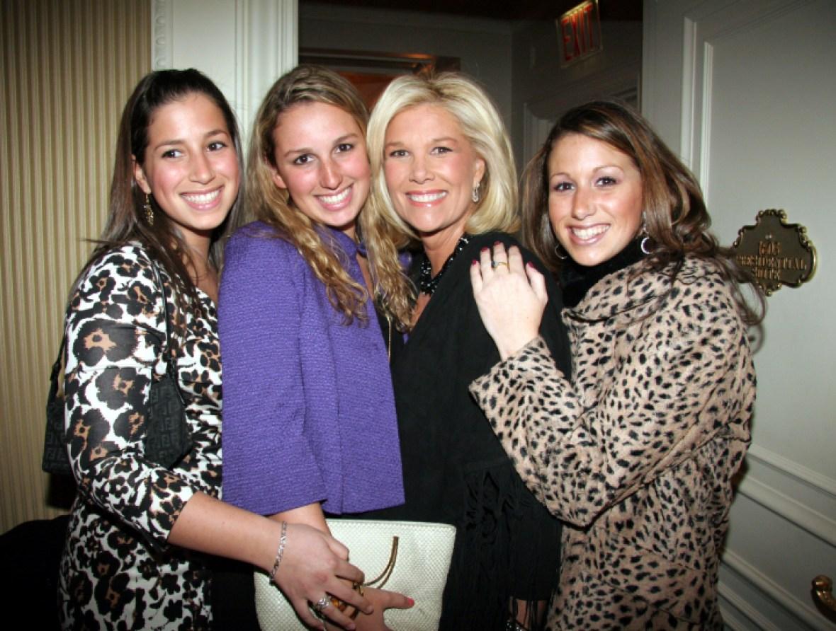joan lunden daughters