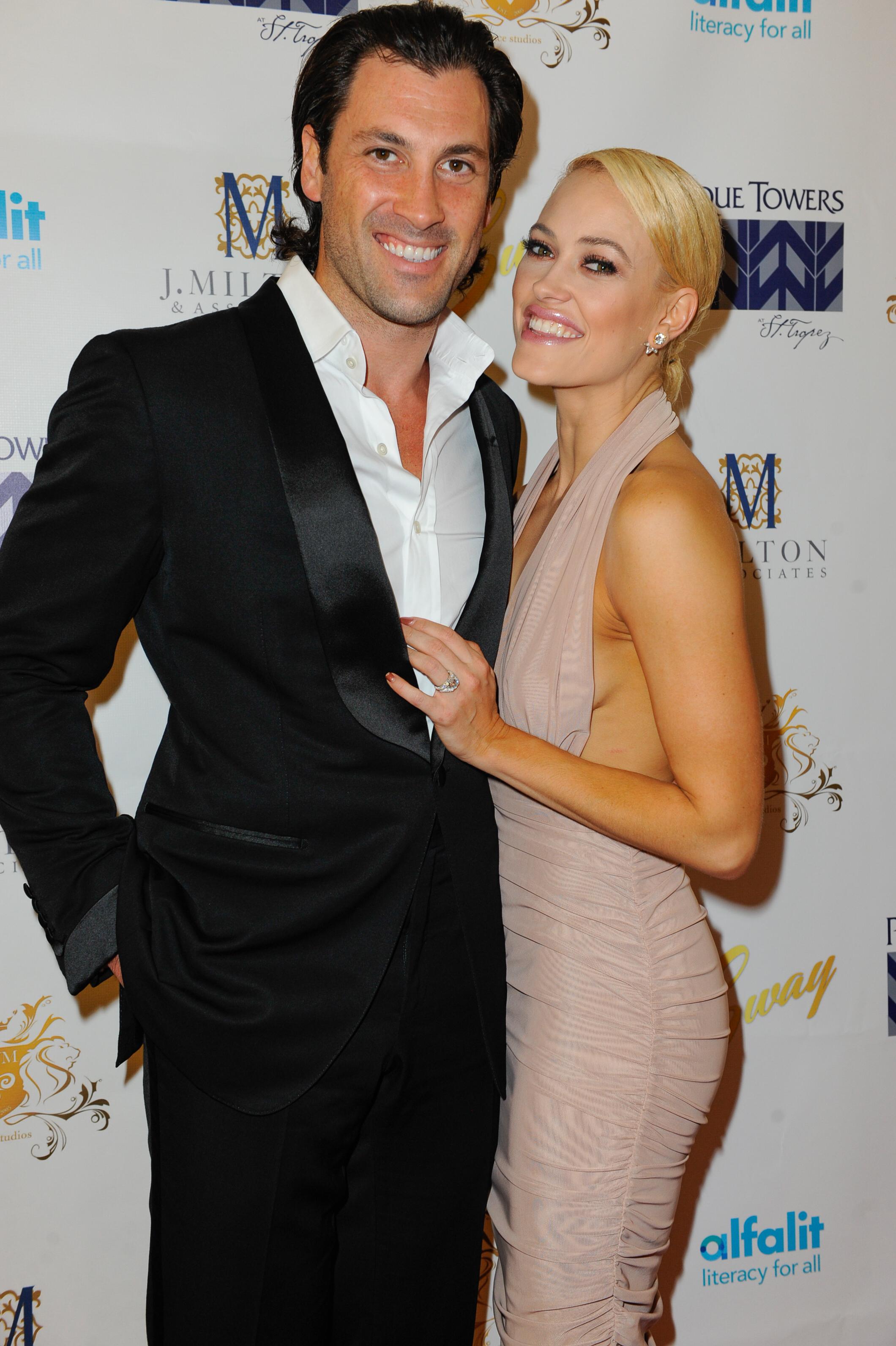 Damian whitewood dating australian single dating sites