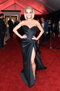 carrie-underwood-grammys-2016