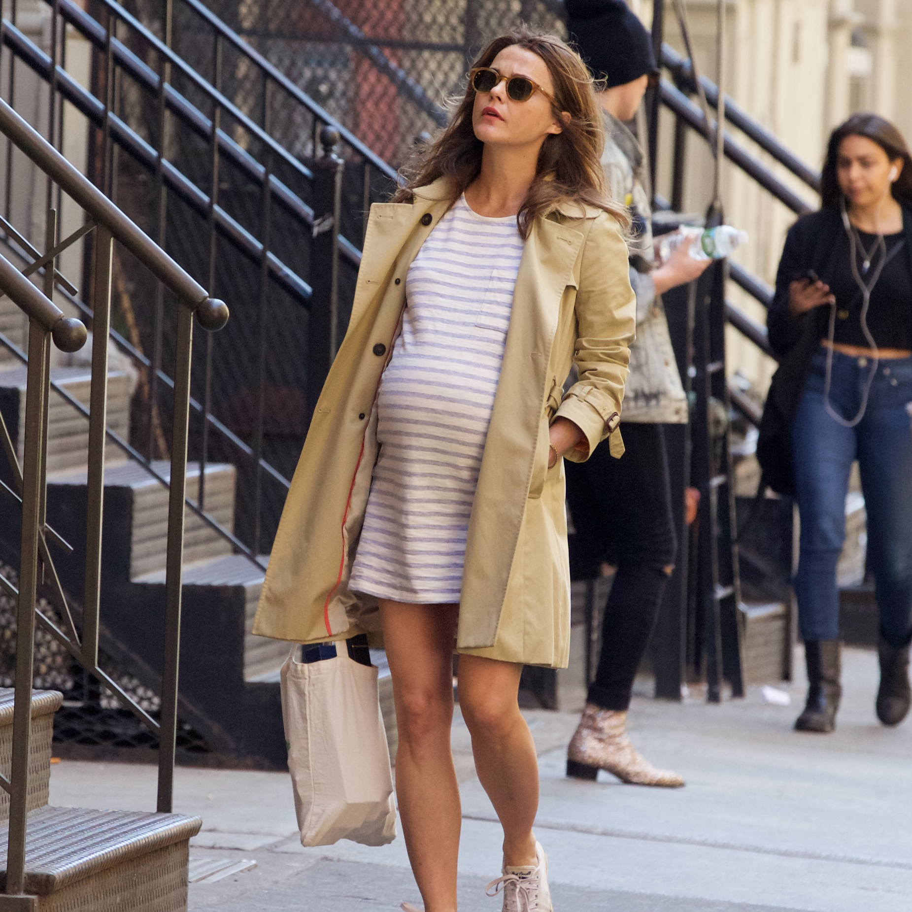 49a9f966fc4a1 Looking Good!Pregnant Keri Russell Shows Off Her Baby Bump in NYC — See the  Pics!