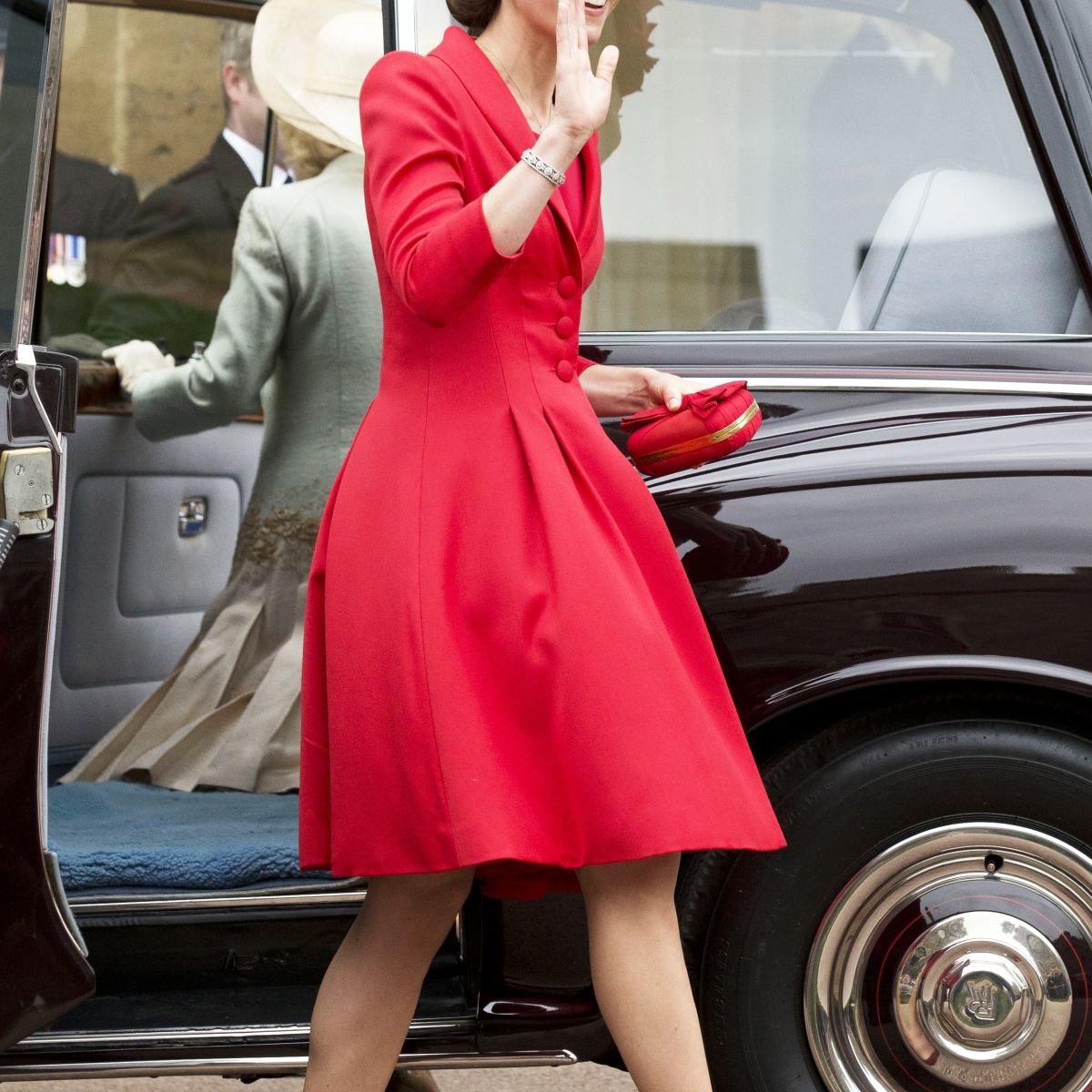 cd4effc79670 Kate Middleton Wows in 8 Outfits Over 7 Days — See Her Stunning Summer Style!  - Closer Weekly