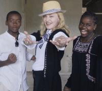madonna-kids-malawi-5