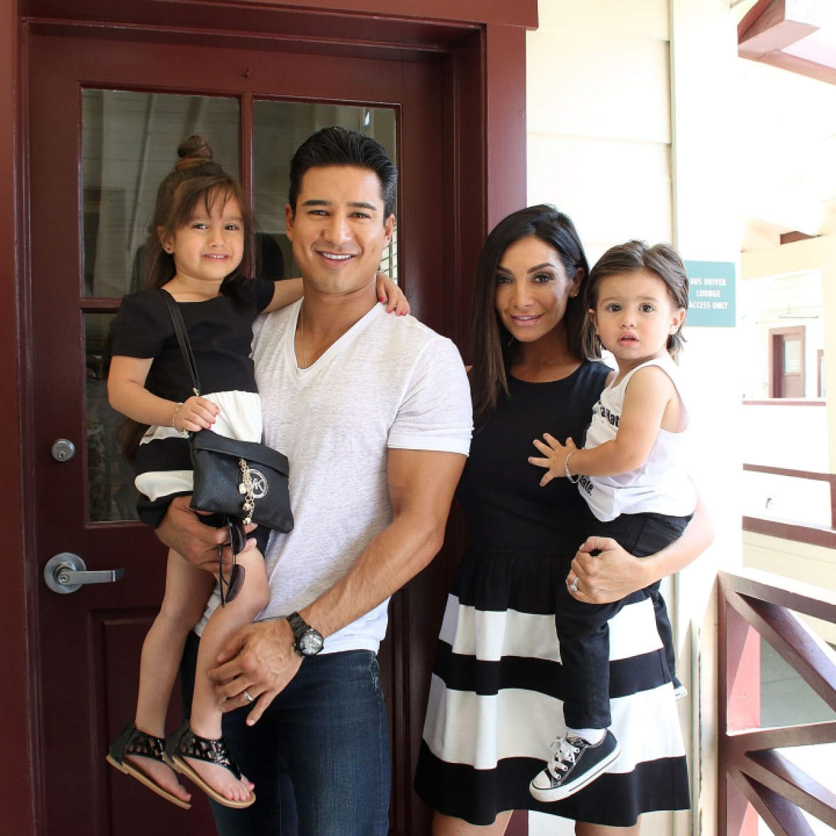 mario lopez courtney lopez getty images