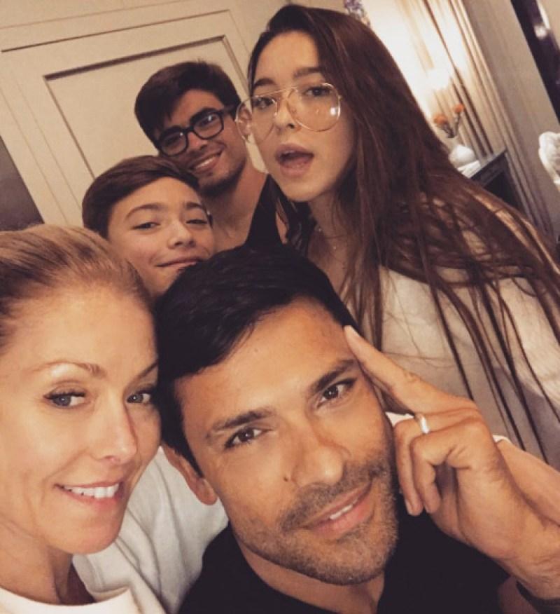 kelly-ripa-family