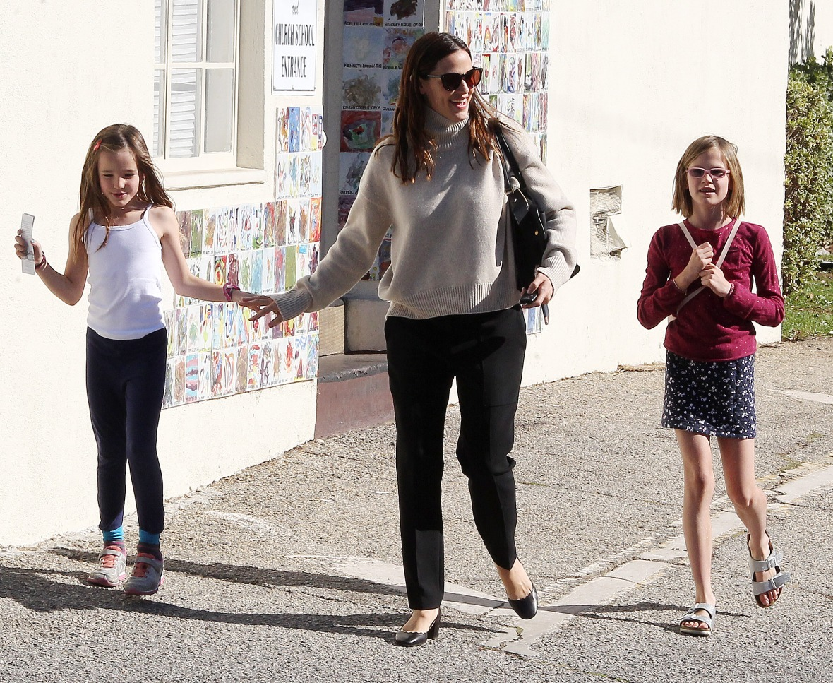 jennifer garner kids splash