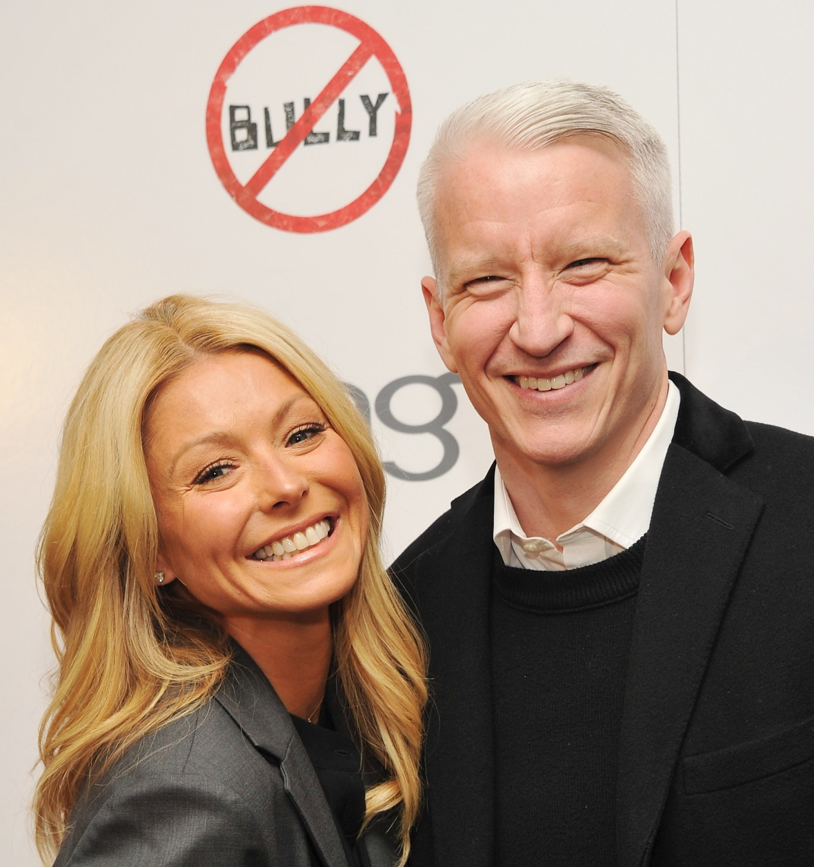 kelly ripa anderson cooper getty images