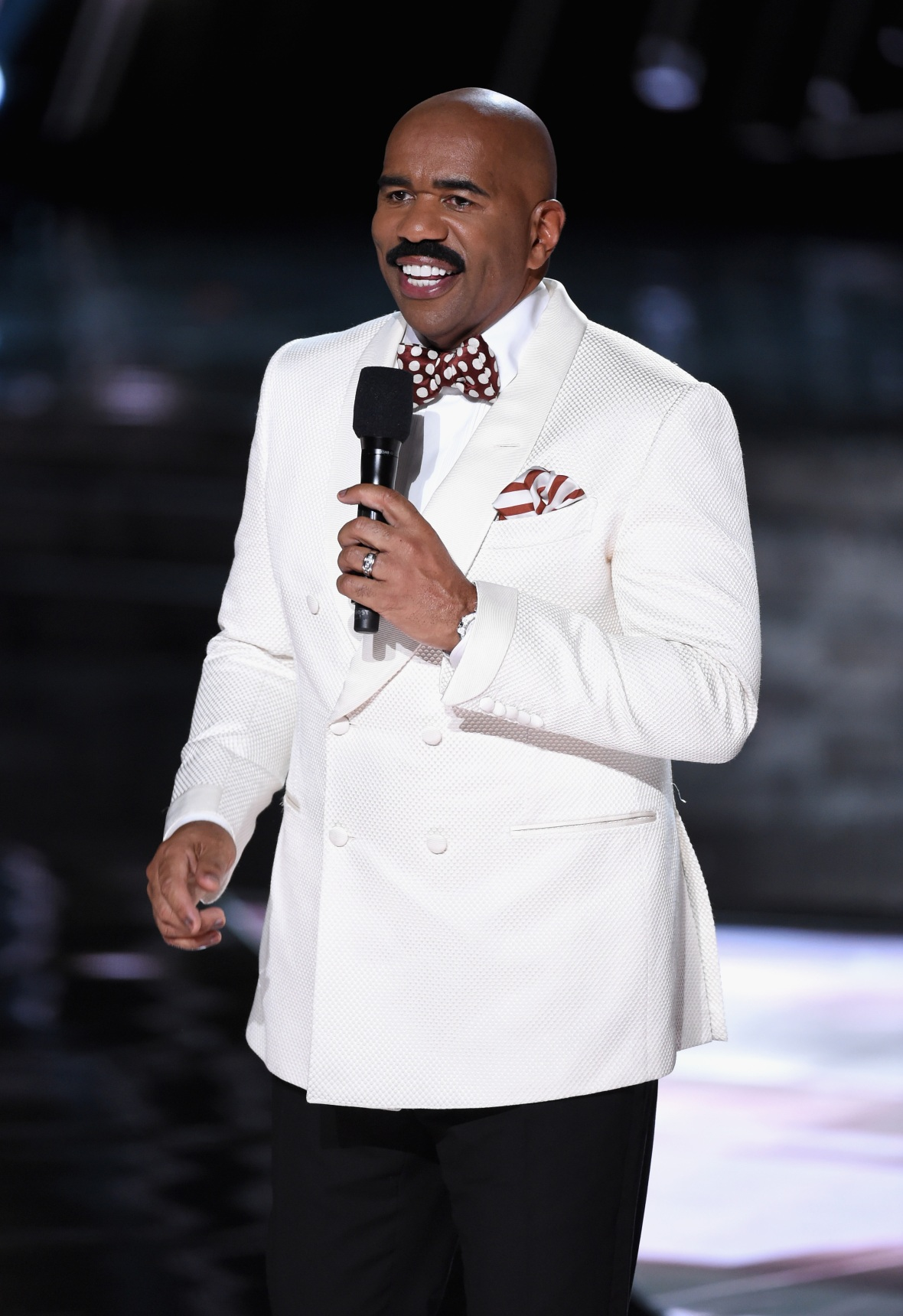 steve harvey getty images