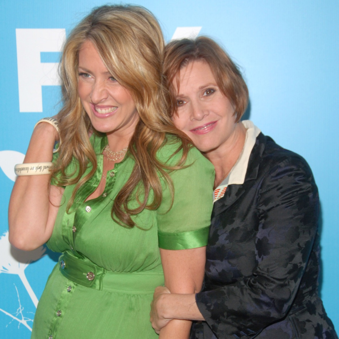 carrie fisher joely fisher getty images