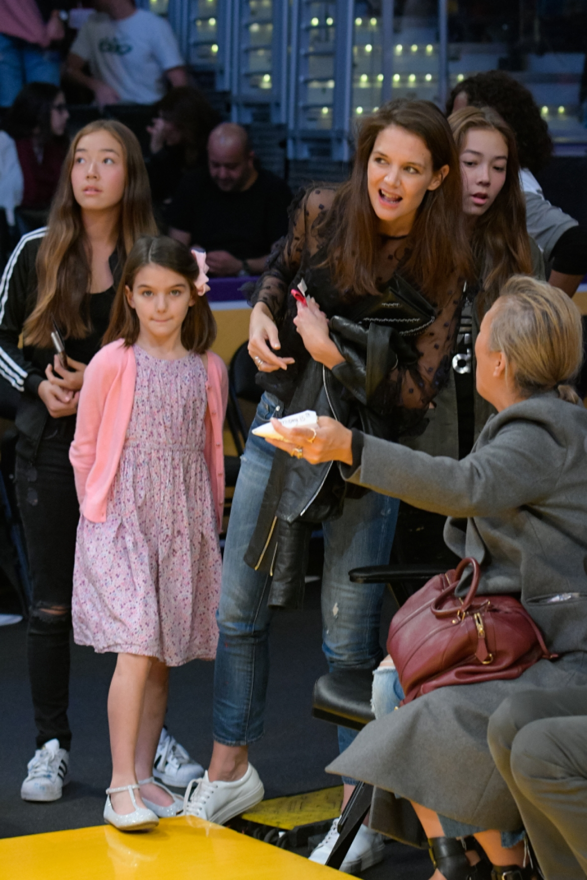 Katie Holmes And Suri Cruise Look Like Twins At Lakers Game