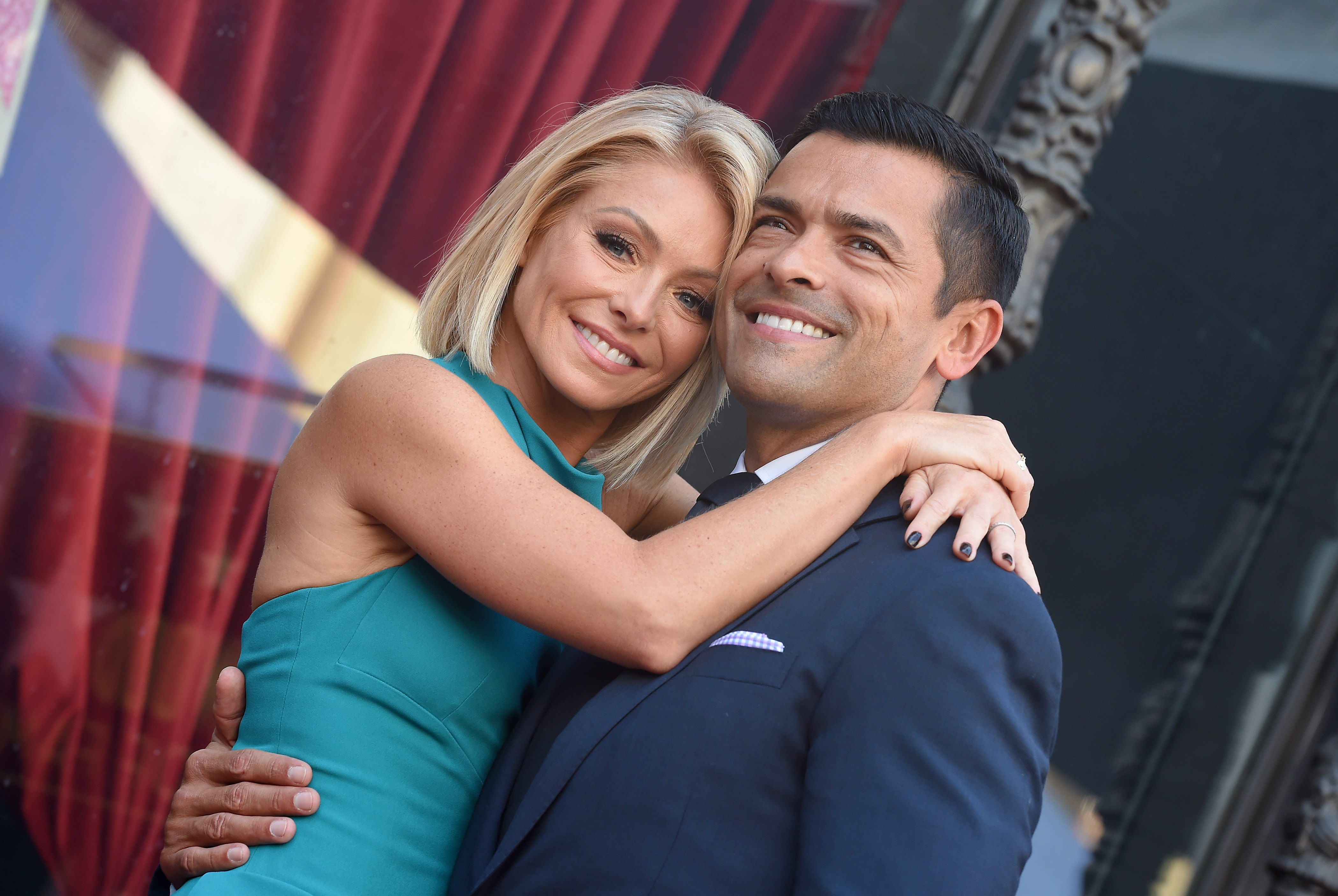 Dwts val dating kelly