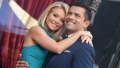 kelly-ripa-mark-consuelos-14