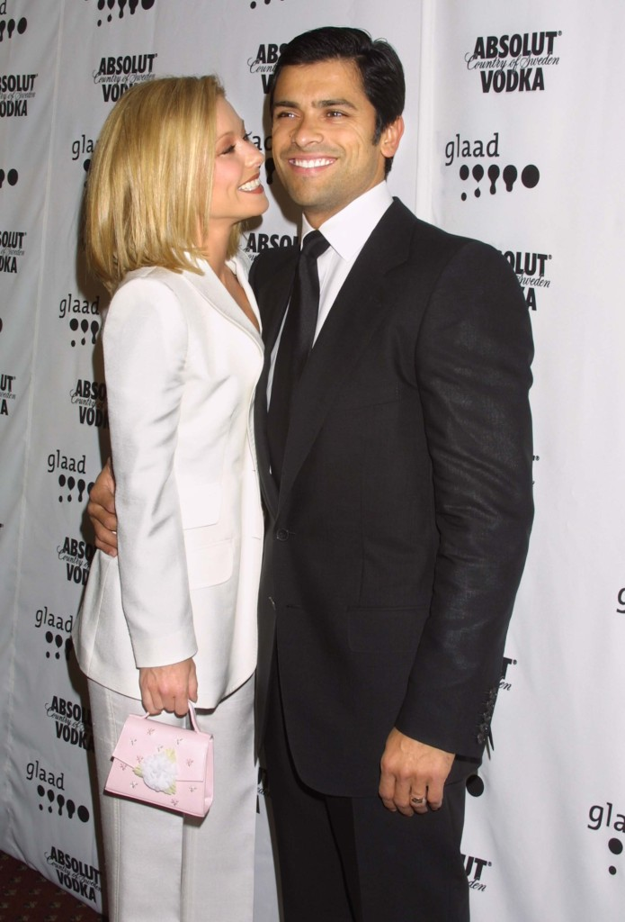 kelly-ripa-mark-consuelos-6