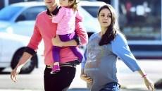 mila-kunis-ashton-kutcher-daughter-wyatt