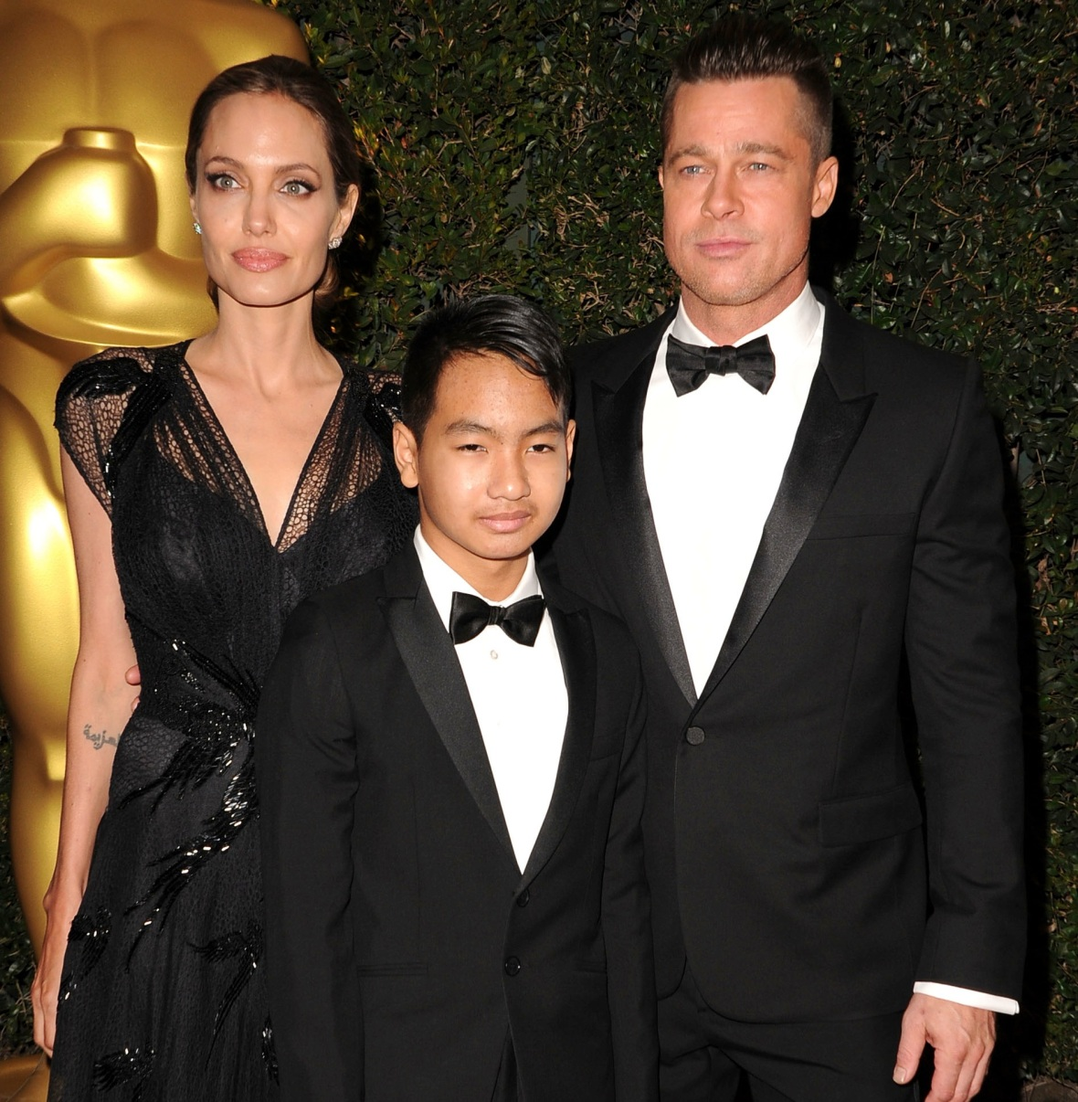 brad pitt angelina jolie maddox getty images