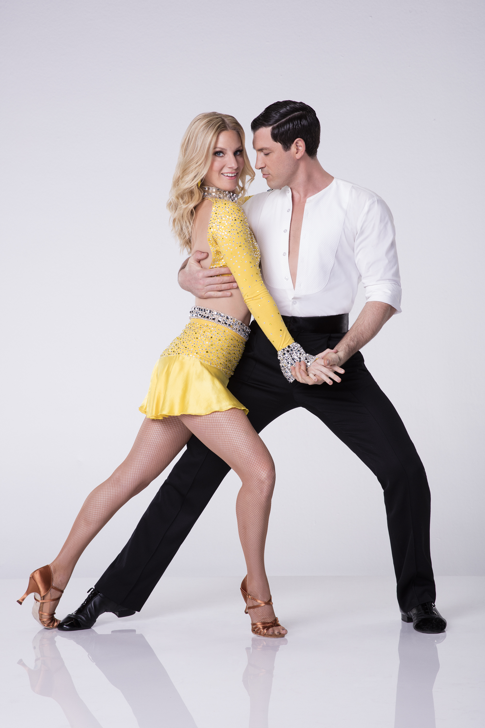 dancing with the stars dancers dating