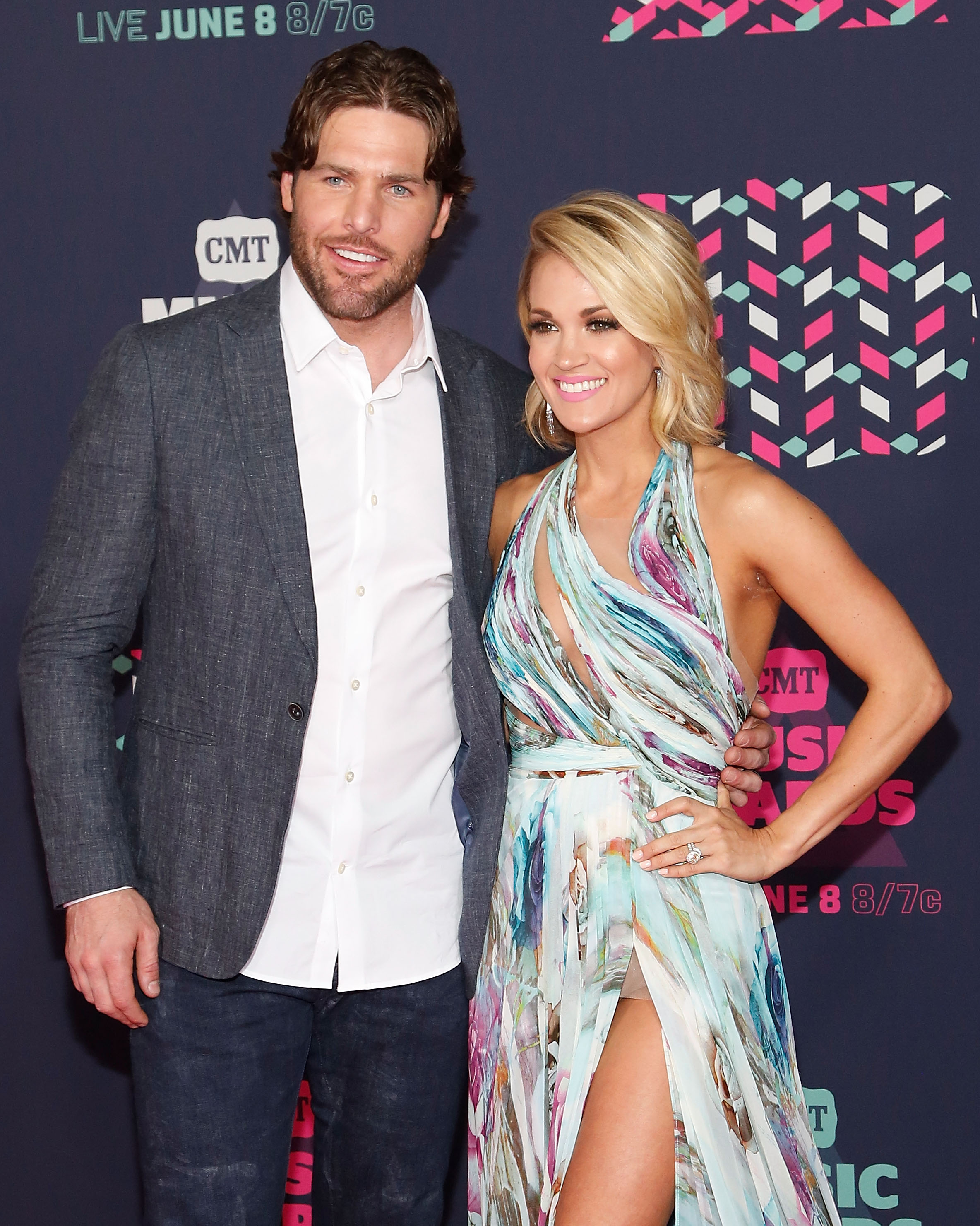 9d10244cd93 Carrie Underwood's Husband Mike Fisher Is Returning to the NHL!