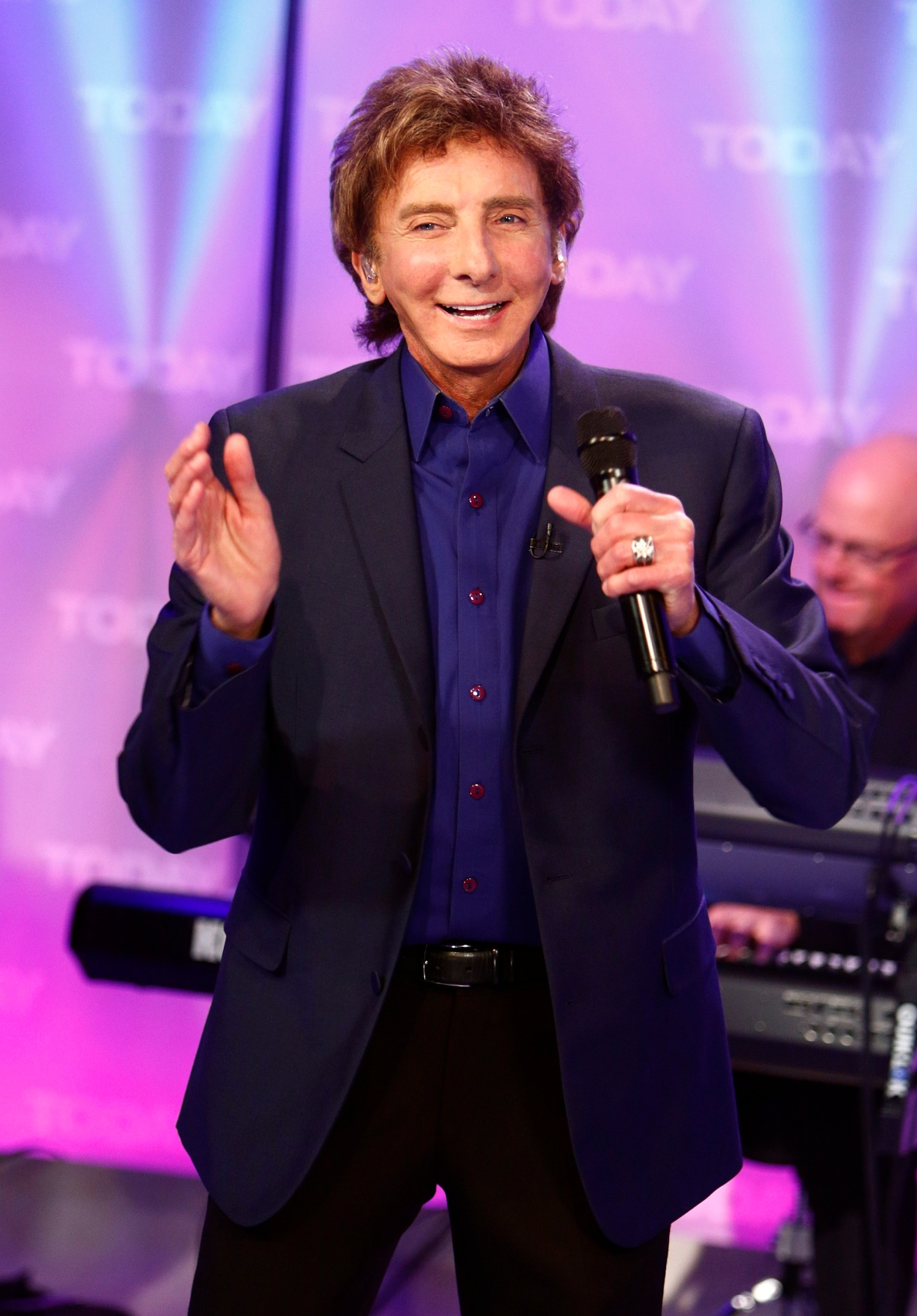 barry manilow getty images