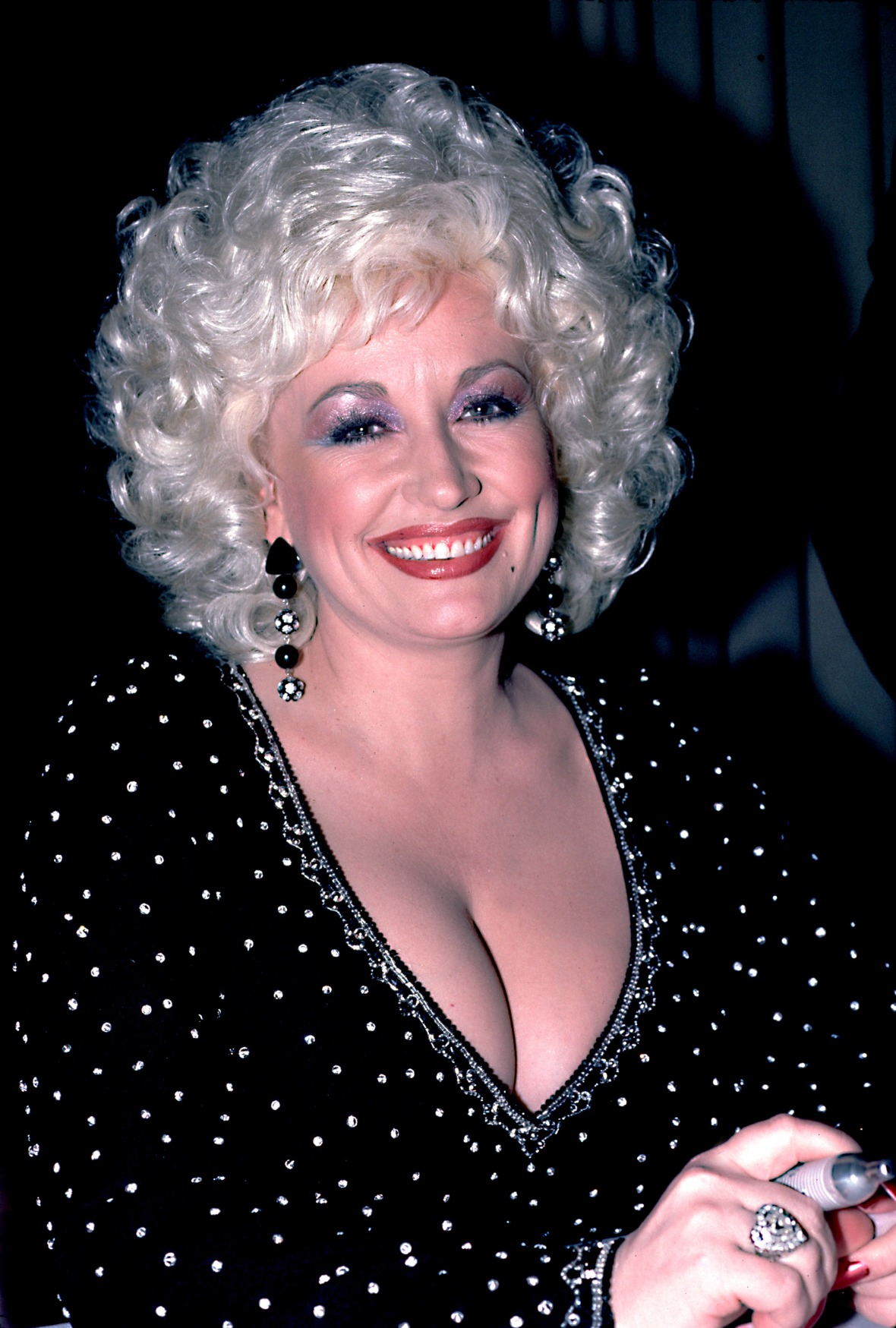 """Dolly Parton Reveals She Almost Committed Suicide After an """"Affair of the Heart"""""""