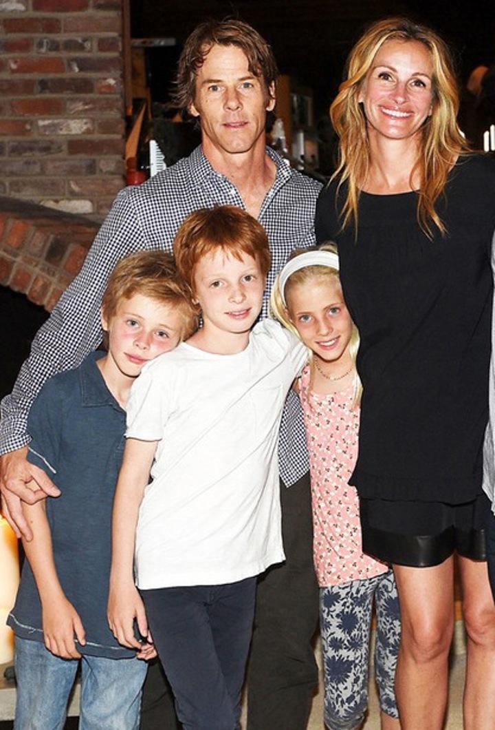 julia roberts' family