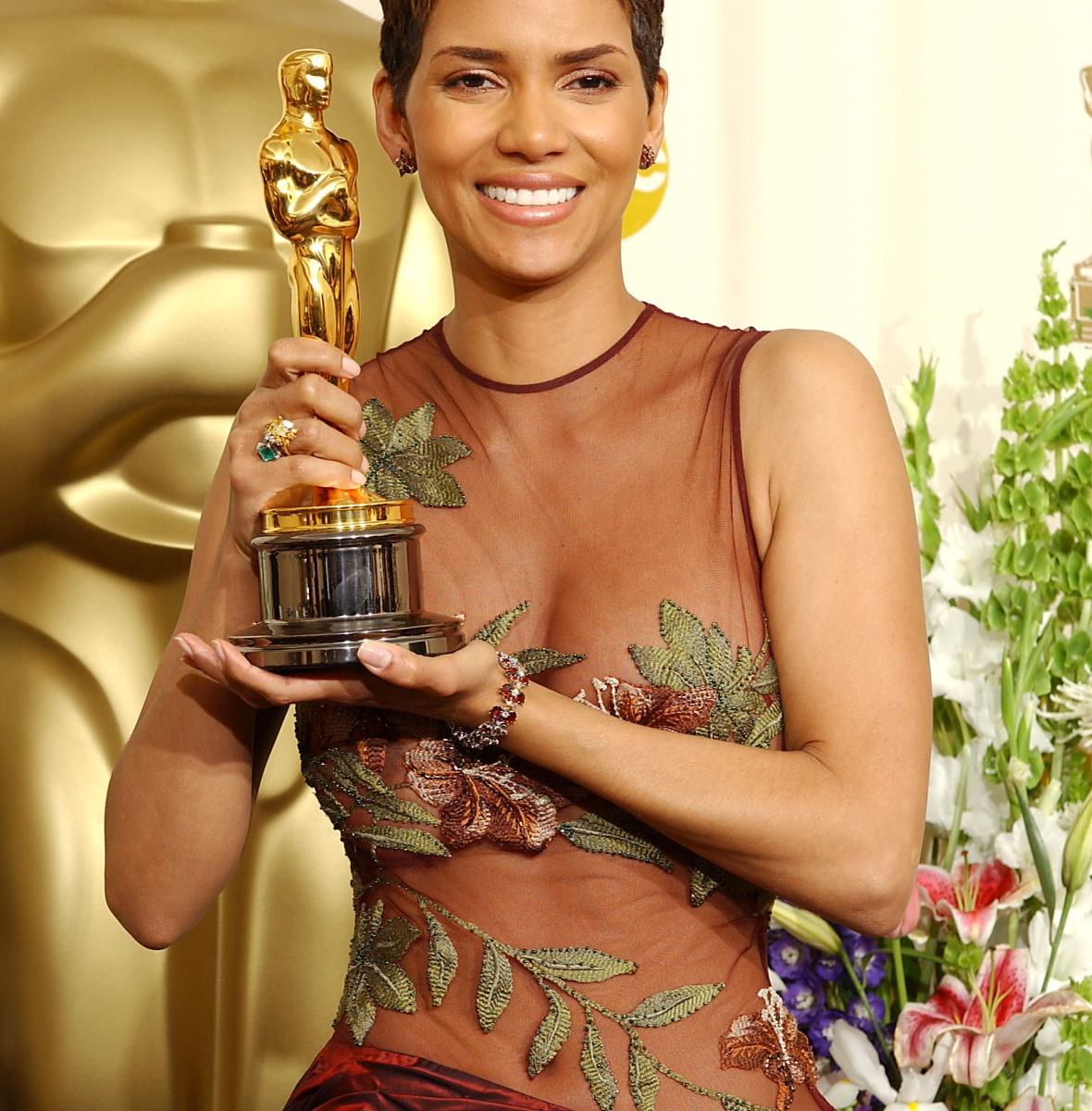 halle berry oscar getty images