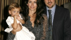 courteney-cox-daughter-2006-05