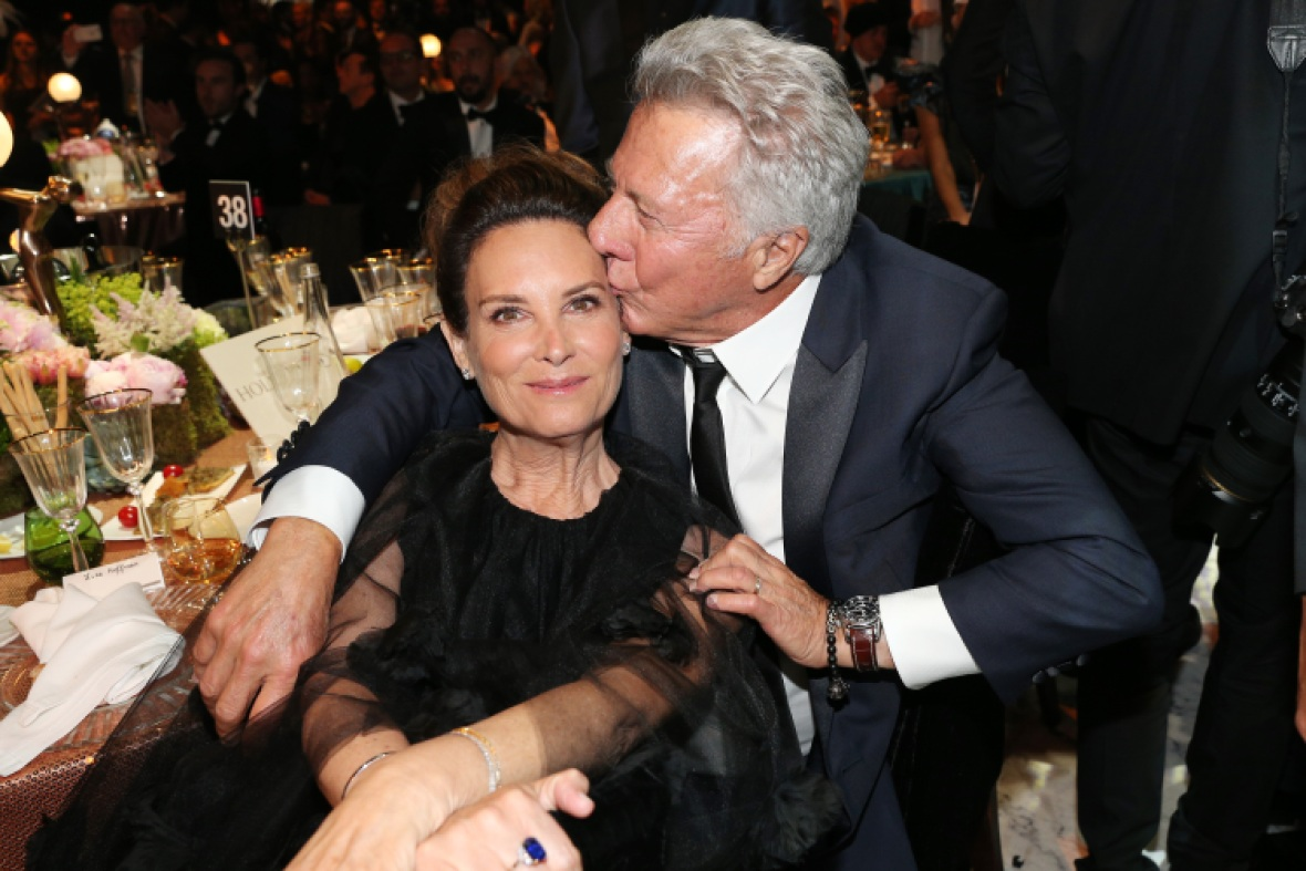 dustin hoffman wife lisa getty