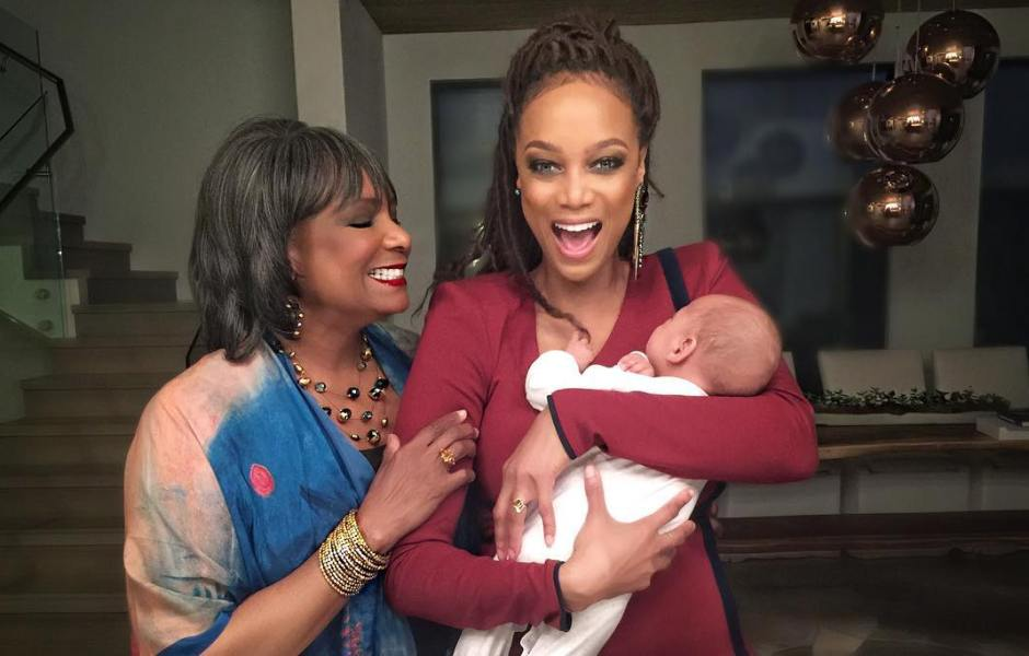 Tyra Banks with baby York and her mom