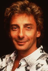 barry-manilow-1980