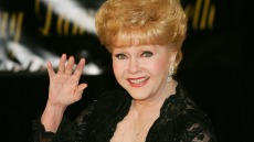 debbie-reynolds-related-to-burt-reynolds
