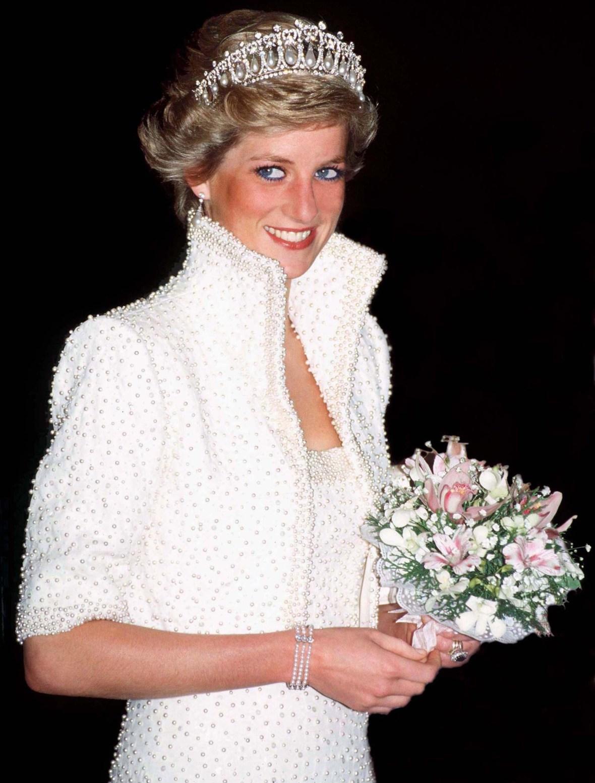 princess diana lover's knot tiara