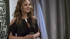 is-leah-remini-joining-kevin-can-wait