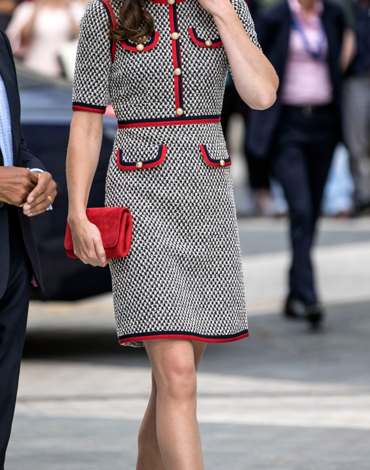 kate middleton knee