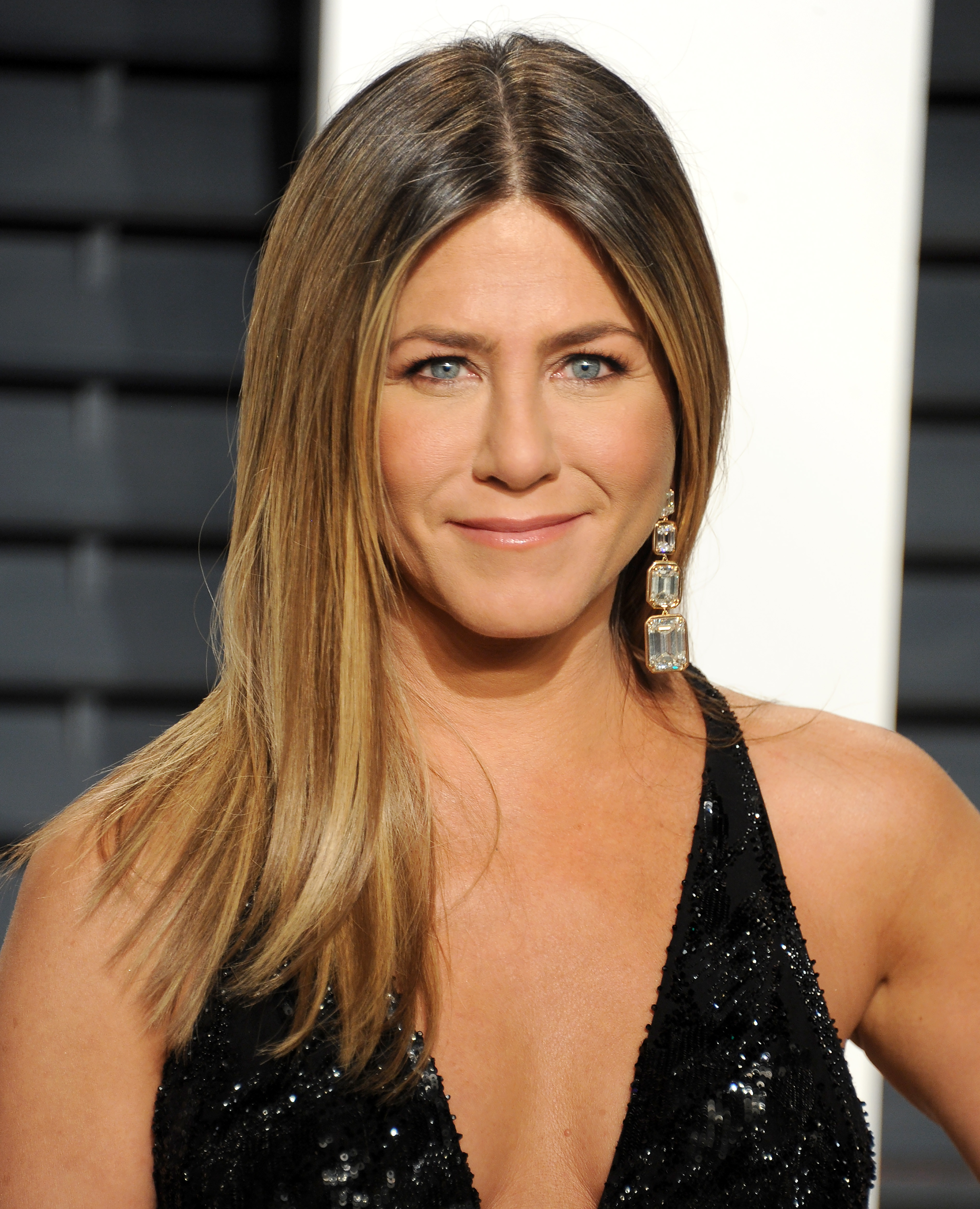 does jennifer aniston speak greek