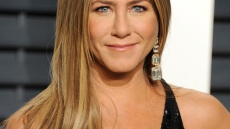 jennifer-aniston-nose-job-before-and-after