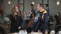 leah-remini-kevin-james-kevin-can-wait-king-of-queens