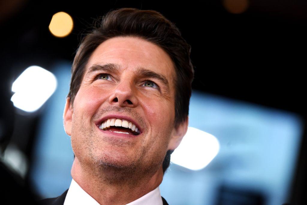 Tom Cruise Teeth: Story Behind Actor's Misaligned ...