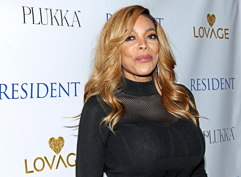 Alyssa Milano Breast Implants wendy williams pre-plastic surgery didn't have a boob job or