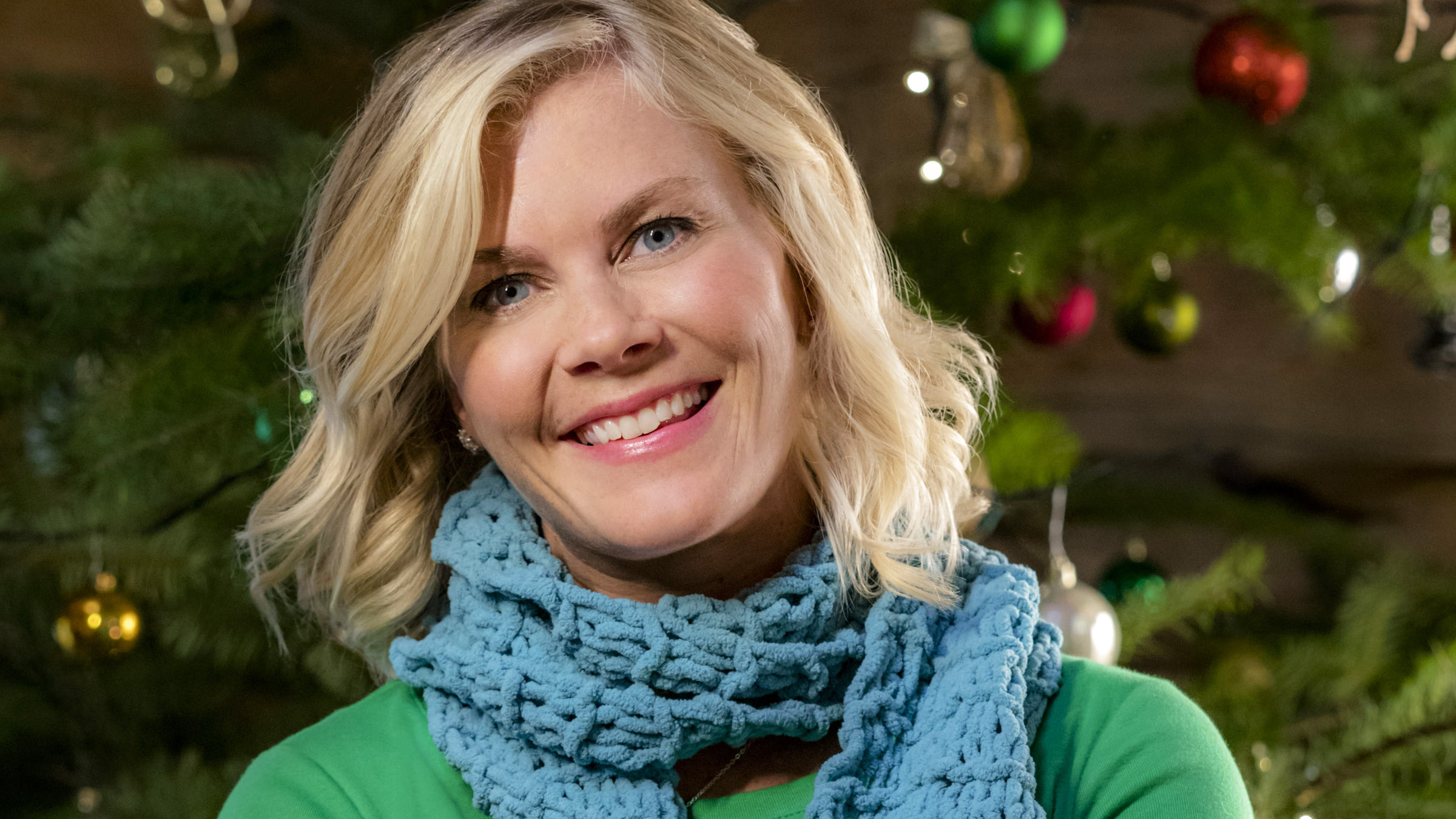Alison Sweeney Family Pictures alison sweeney talks new hallmark movie and family christmas